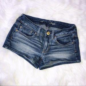American eagle stretch jean shorts size 4